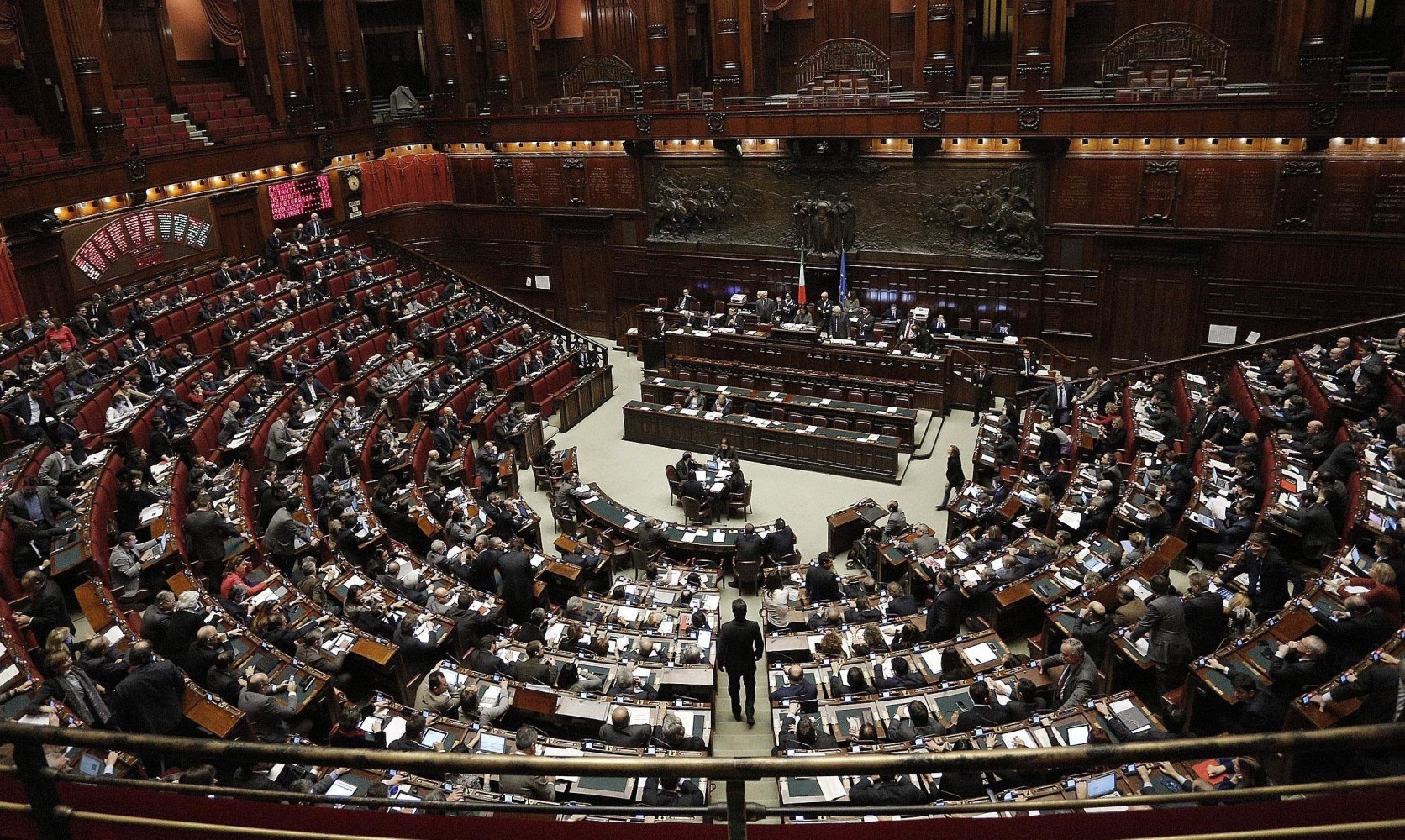 La camera approva il decreto sugli enti locali ora in for Commissione bilancio camera dei deputati