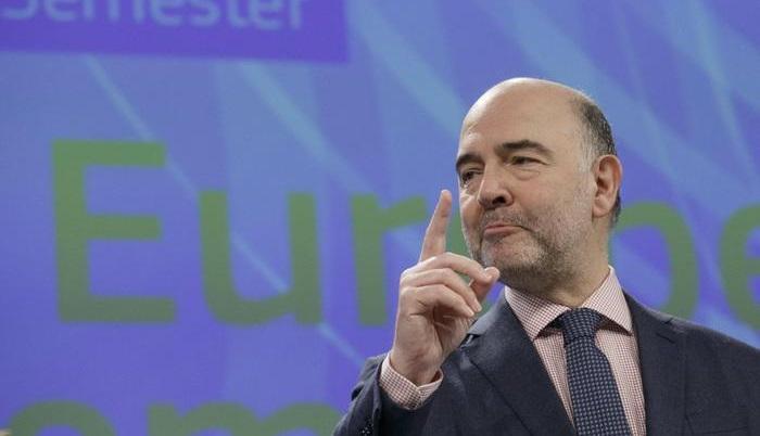 """Ue, Moscovici al Parlamento: """"Italia porti avanti riforme per crescita, tempo per risultati"""""""