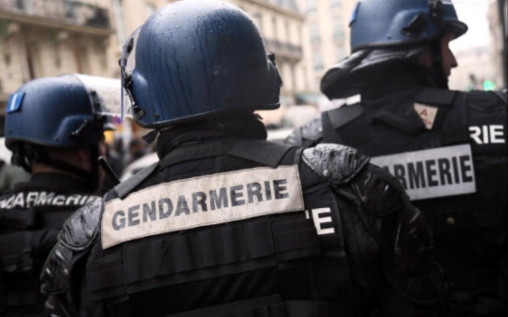 Terrorismo, tre donne arrestate a Parigi