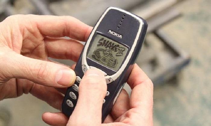 Davide contro Golia: il Nokia 3310 pronto a sfidare gli smartphone