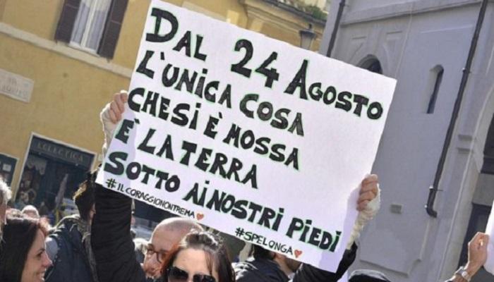 Decreto terremoto, ok del Cdm. Sit-in a Montecitorio
