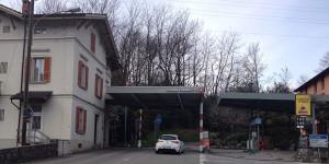La dogana di Fornasette dal lato svizzero