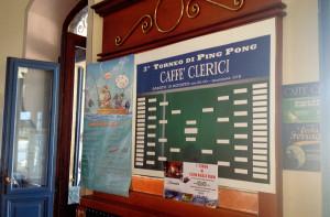 Il tabellone del terzo torneo di ping pong in programma per Ferragosto al Caffè Clerici di Luino