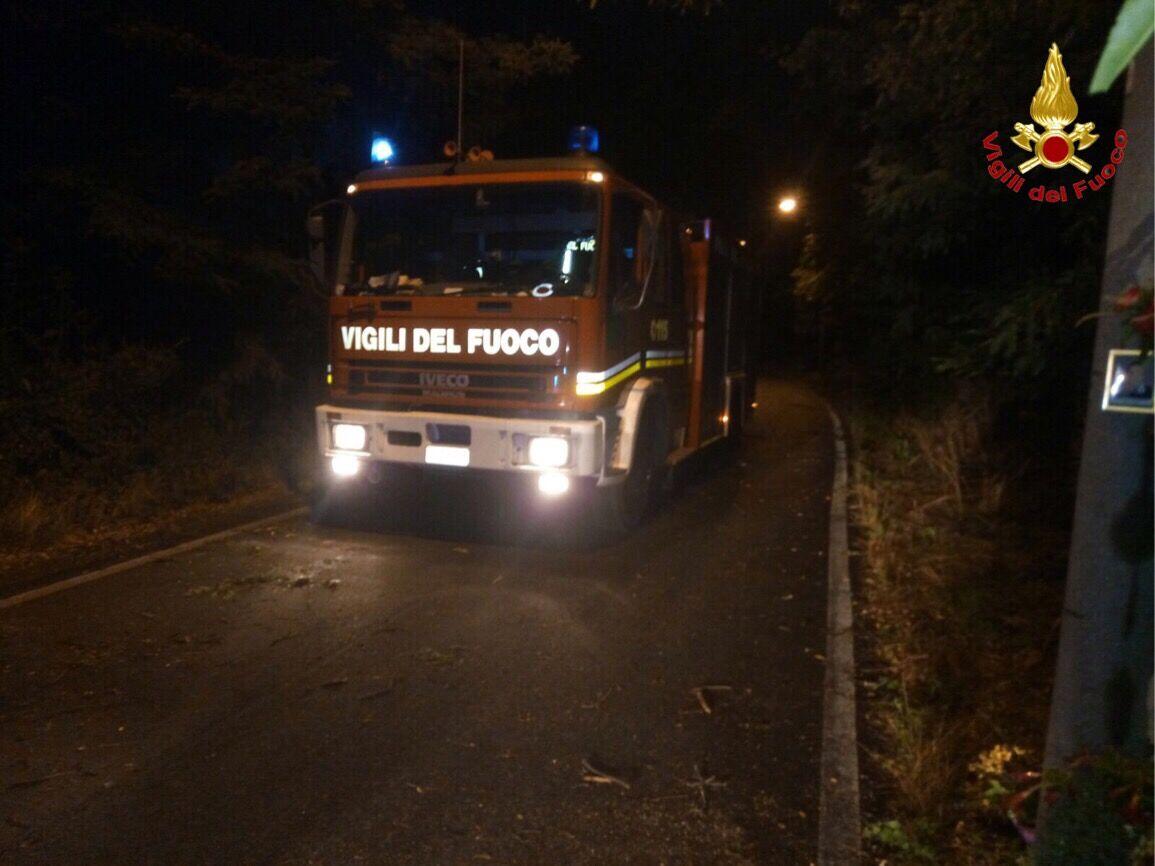 Maltempo in Provincia, numerosi interventi dei Vigili del Fuoco di Varese fino all'alba