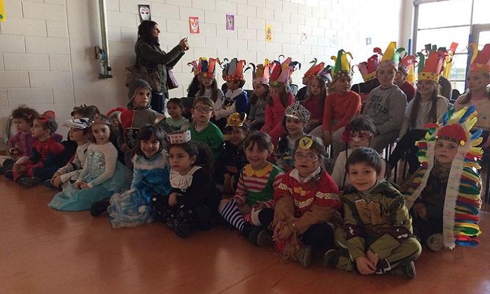 Creva, grande divertimento per i bambini alla festa di Carnevale