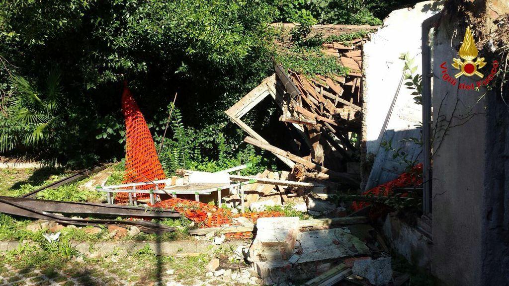 L'edificio crollato questa mattina ad Induno Olona (Vigili del Fuoco)