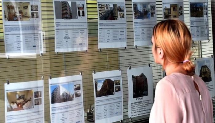 Italiani, 7 su 10 pensano sia il momento di comprare casa