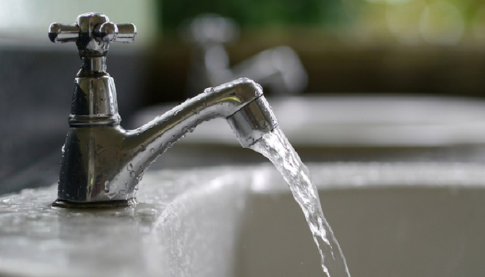 """Acqua, in arrivo un bonus da 50 litri per le famiglie disagiate. Galletti: """"Un sostegno concreto"""""""
